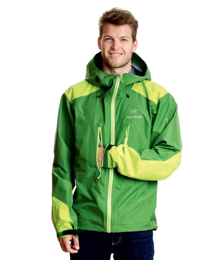 huge discount ab758 bff22 Produkttest: 10 Hardshell-Jacken für Bergsteiger