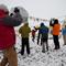 """Großer Applaus für die """"Gipfelsieger"""" bei der Rückkunft ins Basislager"""