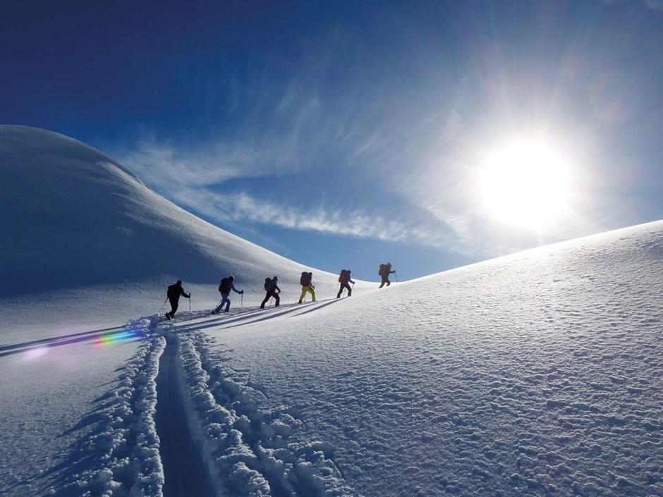 Januar - Zusammen bergauf