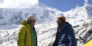 Manaslu: Kammerlander kämpft mit dem Schnee