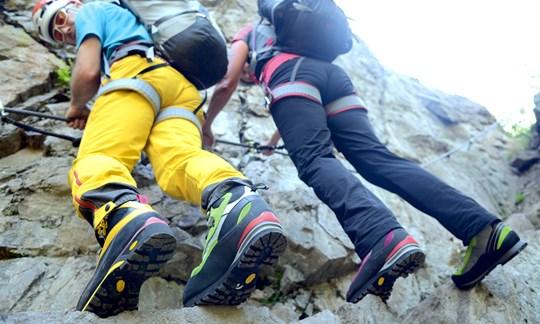 Klettersteigset Damen Test : Klettersteigschuhe modelle im test