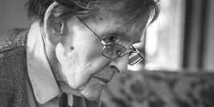 Elizabeth Hawley gestorben