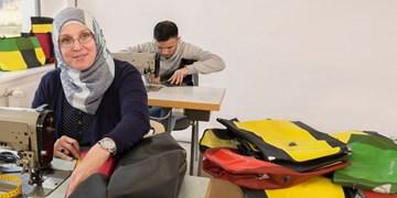 "Flüchtlinge beim ""Upcycling"""
