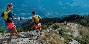 Trailrunner in den Alpen
