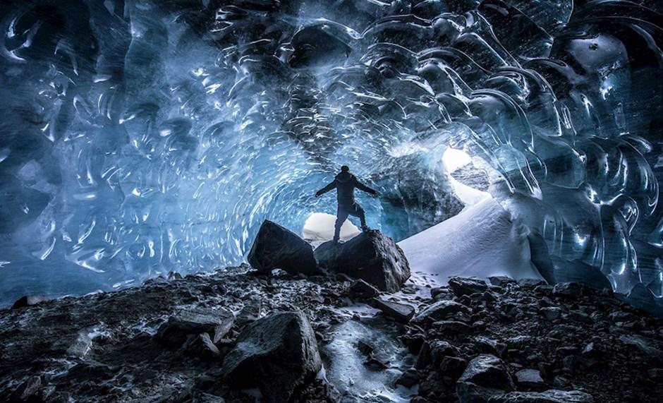 """Platz 5: """"In einer Gletscherhöhle"""" (88 Punkte)"""
