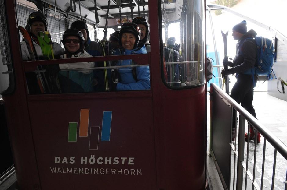 ... und dann mit der Gondel hinauf zum Walmendingerhorn