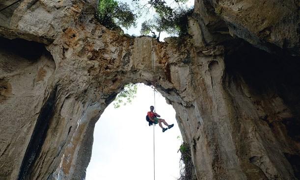 Klettergurt Abseilen : Richtig abseilen beim felsklettern: so gehts!