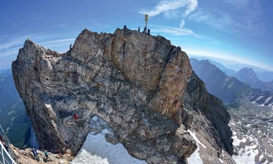 Klettersteigset Zugspitze : Durch das höllental auf die zugspitze