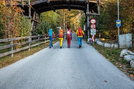 Schritt für Schritt: Absamer Klettersteig