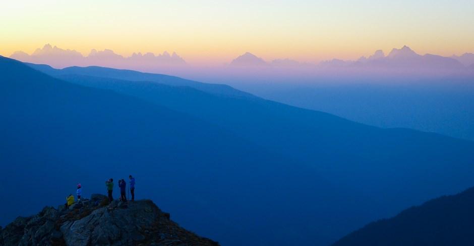 Sonnenaufgang mit Dolomitenpanorama