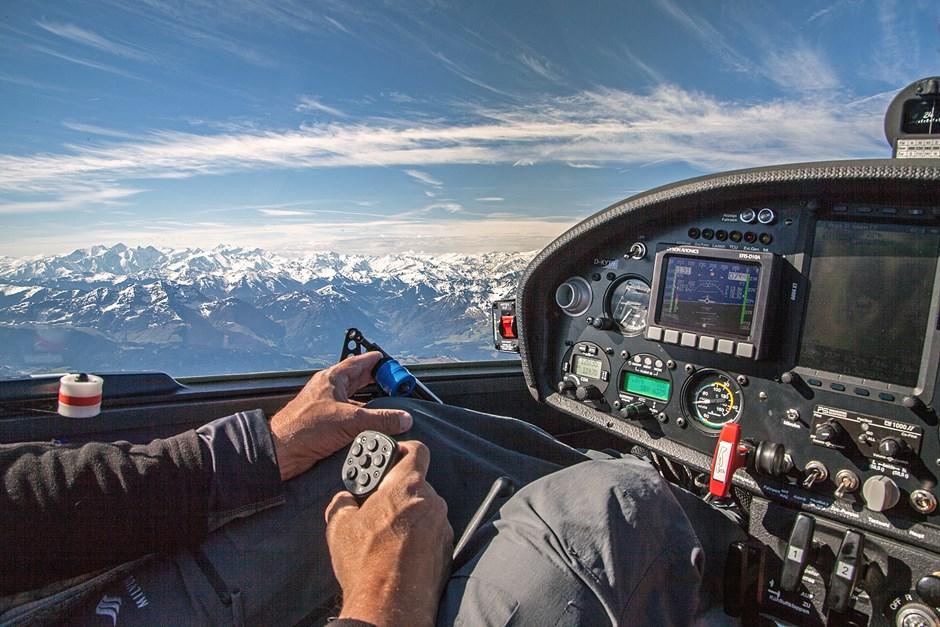 Segeln entlang des Haupkammes der Alpen