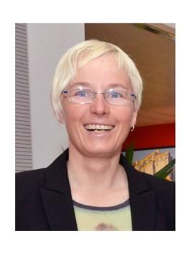 Dr. Andrea Fischer