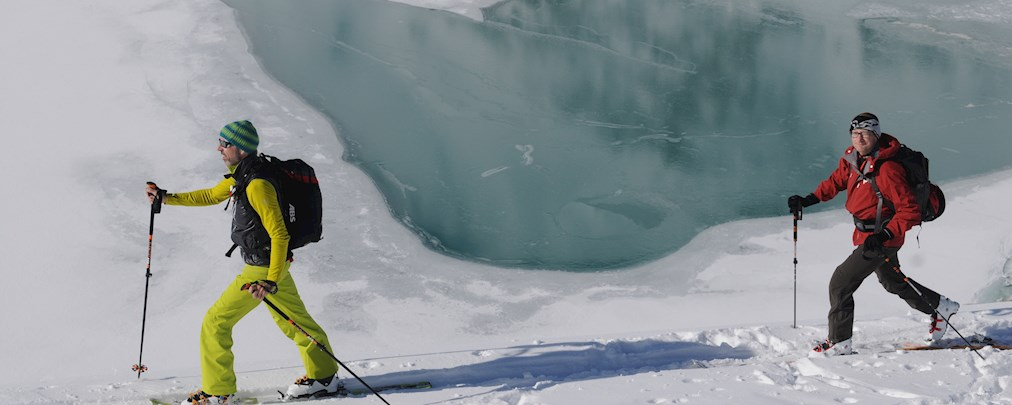 Skitouren, Schneeprofil, Lawinenkunde, Übung Skitouren, Kleinwalsertal, ALPIN Tiefschneetage