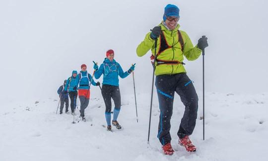 Auftakt im Schnee: Der Trail von Sonnalpin bis zur Knorrhütte ist dick verschneit.
