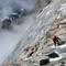 Im steilen Aufstieg knapp unterhalb des Makalu La (7400m)