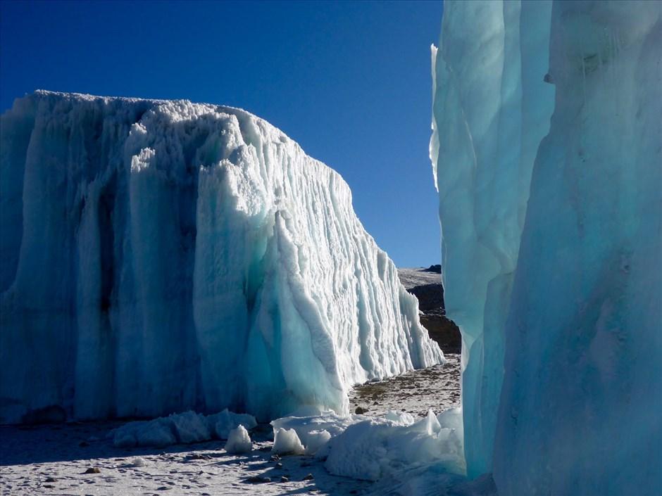 Am Furtwängler Gletscher.