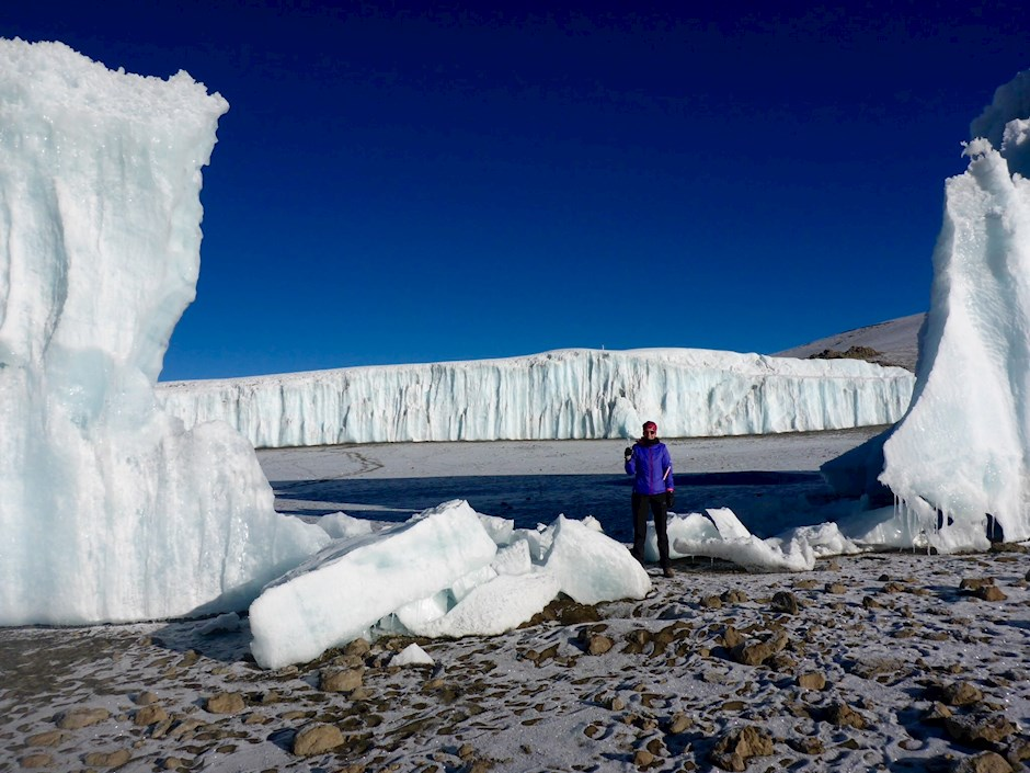 Flankiert: Magdalena am Furtwängler Gletscher.