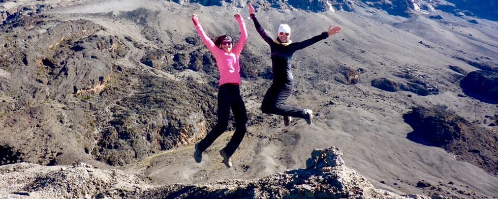 Kilimandscharo-Trekking: Zwei Münchnerinnen auf dem Kibo