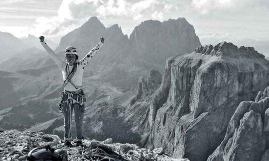 Glücklich an der Sella:Beim Kletterntankt Laura Dahlmeier Kraft