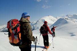 In ALPIN 01/09: Prächtige Skitouren im Ötztal und in den Kitzbüheler Alpen.