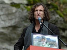 Sichtlich bewegt: Stefan Glowacz auf der Trauerfeier für Kurt Albert.