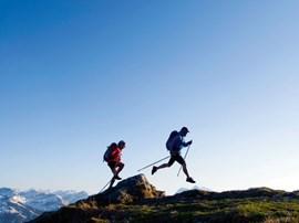 Trifft einen Nerv unserer Zeit: Speed Hiking.