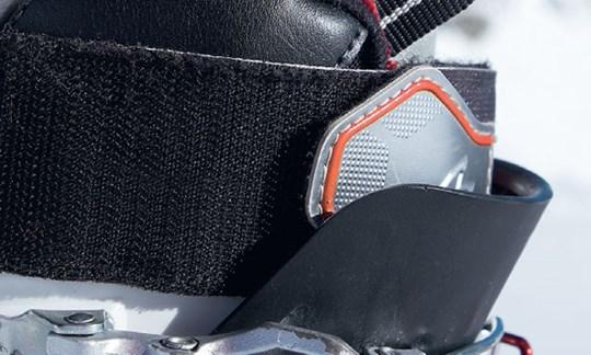 Innenschuhe ohne Verschluss kann man gut mit dem Klett des Außenschuhs locker schließen.