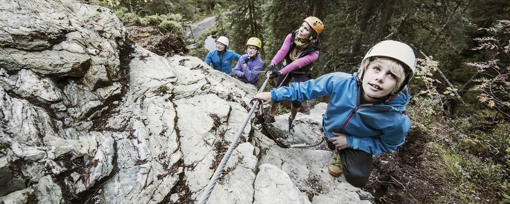 Klettersteiggehen mit Kindern