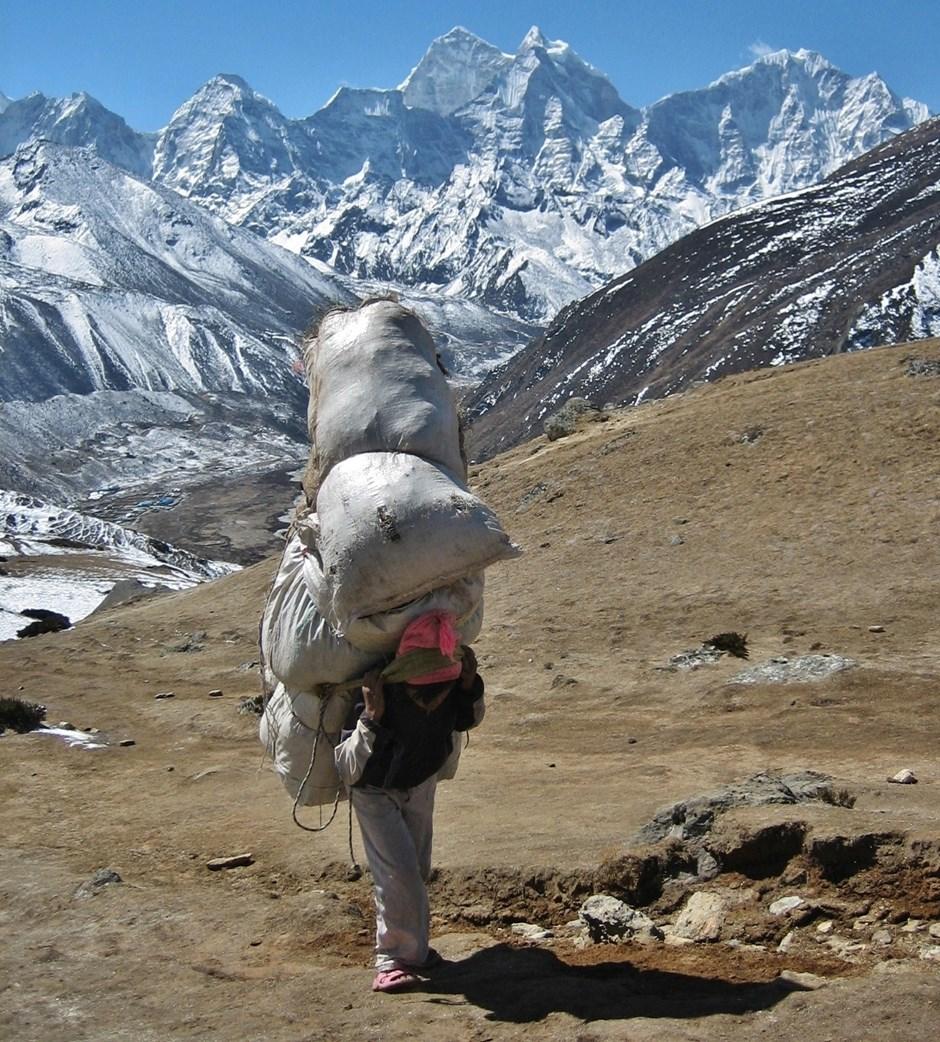 """Platz eins: """"ie harte Arbeit des Trägervolkes der Sherpa"""""""