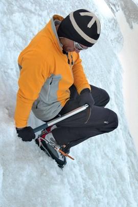 Mit der richtigen Technik lassen sich mit der Vertikalzackentechnik auch sehr steile Passagen überwinden.