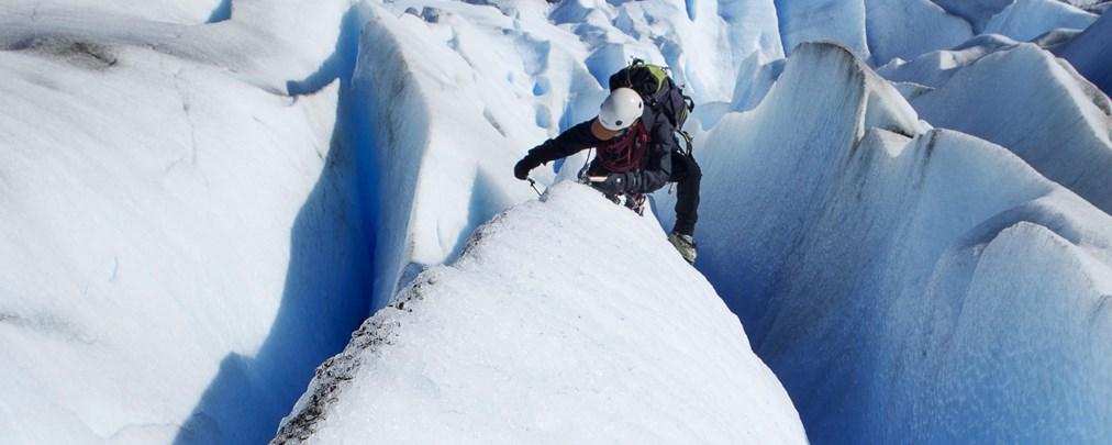 So retten Sie sich selbst aus einer Gletscherspalte