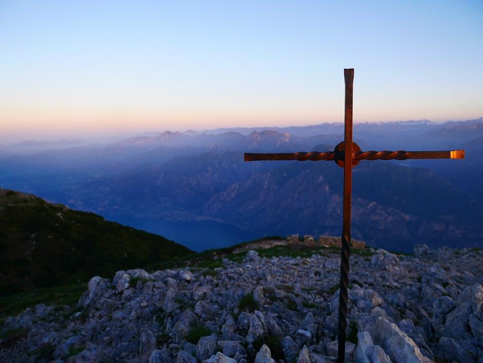 Sonnenaufgang über dem Lago di Garda