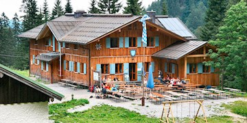 Wandern im Alpenraum: Hütten für den Herbst und länger