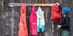"""DIY:  So baut Ihr eine """"Ski-Garderobe"""""""
