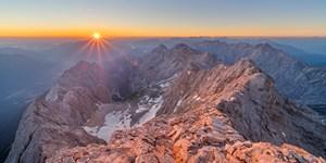 ALPIN 05/2020: Fünf Routen auf die Zugspitze