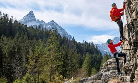 10 Klettergurte für den Klettersteig der Saison 2020 im Test