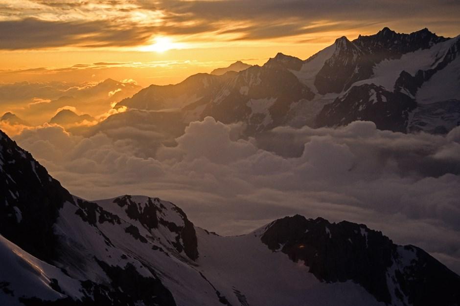 Sonnenaufgang am Schaligrat (Weisshorn)