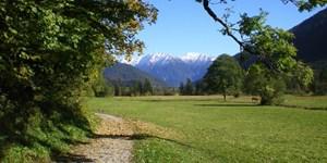 Gemütlich von Oberammergau nach Schloss Linderhof