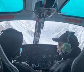 Erfolglos: Suchflüge nach den dei vermissten Bergsteigern am K2.