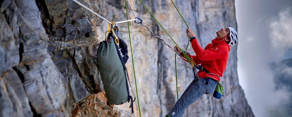 Felsklettern: Richtig sichern am Standplatz