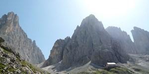 Über den Oskar-Schuster-Steig auf den Plattkofel in den Dolomiten