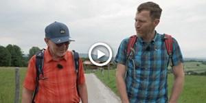 """Video: Unterwegs mit Ernst """"Rucksackradio"""" Vogt"""
