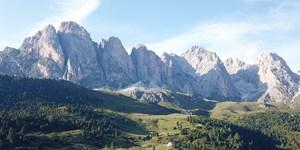 Almen-Wanderung auf der Seceda in den Dolomiten
