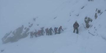 Zugspitze: Junges Paar muss bei Schneetreiben gerettet werden