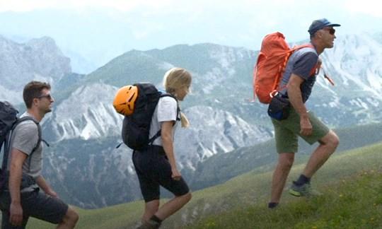 Zeigt seinen Kund:innen die wilde, unberührte Seite der Dolomiten:Bergführer Erwin Steiner.