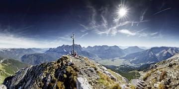 ALPIN 11/2021: Die schönsten Herbstgipfel mit Traum-Panoramen