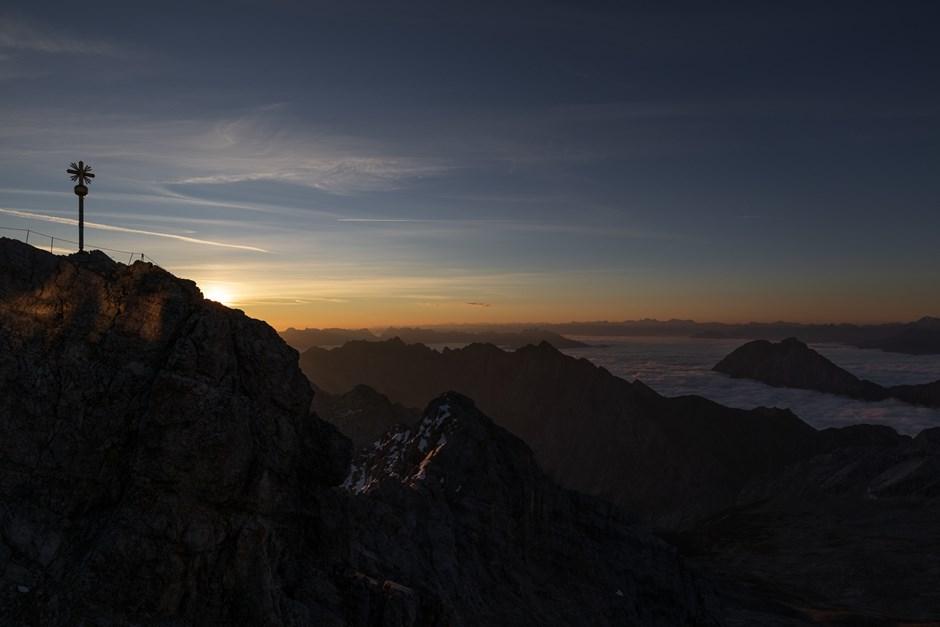 Zugspitze bei Sonnenaufgang